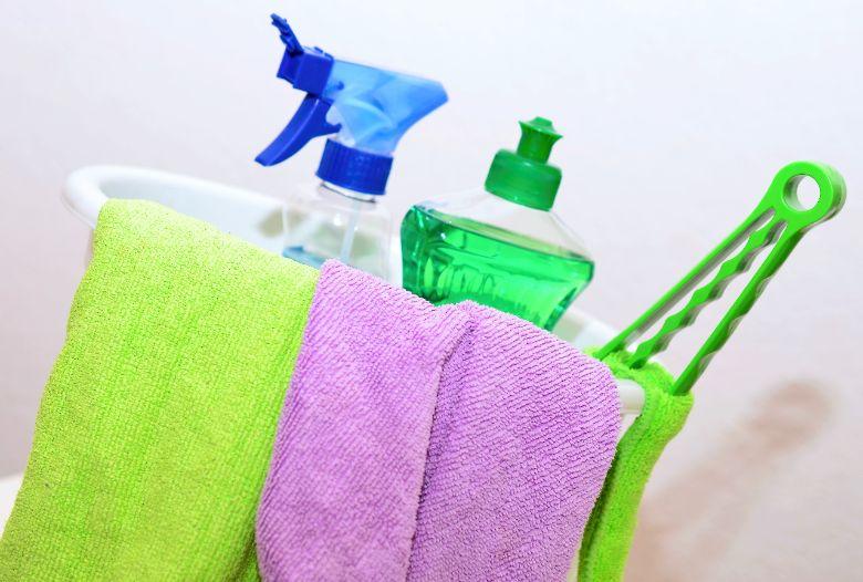 ¡Con este truco secreto tus espejos quedarán limpios en muy poco tiempo!