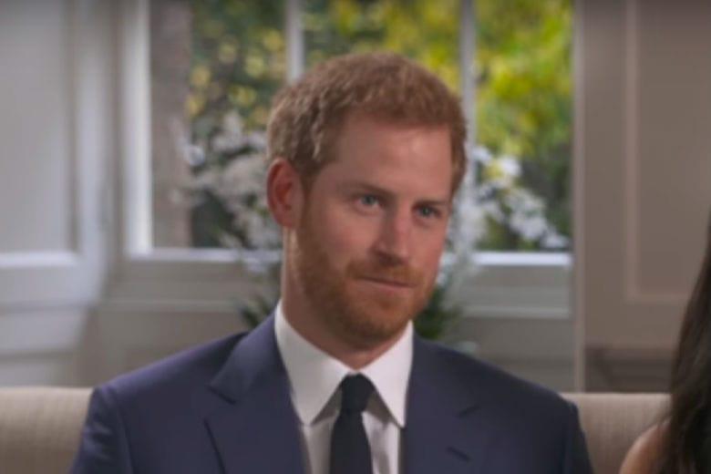 El príncipe Carlos realmente es el padre del príncipe Harry